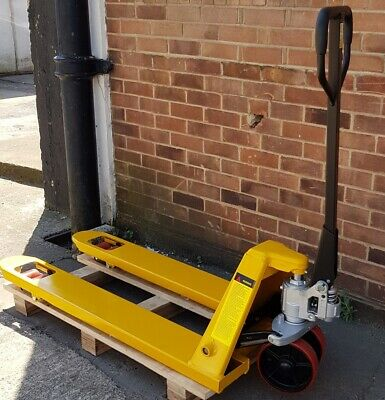 NEW 2500kg / 2.5t Heavy Duty Euro Pallet Truck - Pump Truck
