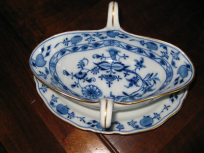 Gravy Boat With Attached Under-plate by Meissen