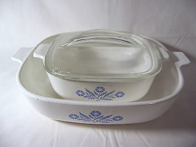 Corning ware blue cornflower 2 dishes and 1 cover 5 and 10 cup white