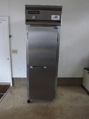 Continental Commercial Refrigerator Model R1 (used)