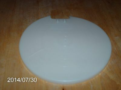 TUPPERWARE # 501 WHITE LARGE MIX-N-STOR SEAL OR LID WITHOUT CAP REPLACEMENT PART