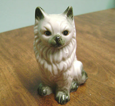 VINTAGE CREAMY WHITE PERSIAN  PORCELAIN CAT FIGURINE!!!