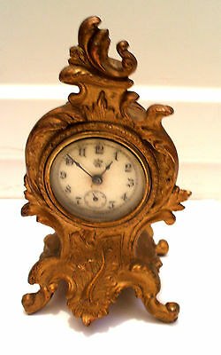 "Waterbury Clock Company Gilt Metal Mantle Clock Leaf Decoration 7""H 4.5""W GWC • EUR 196,90"
