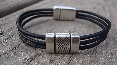 NEW Men's Silver And Black Genuine Leather Bracelet With Magnetic Clasp USA