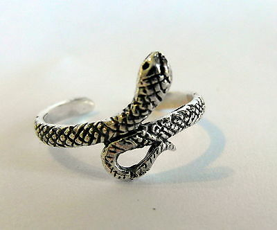 Sterling Silver (925) Adjustable Cobra Snake Toe Ring  !!     Brand New !!