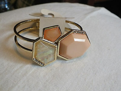Collectible Clamp Bracelet Gold Tone Peach Cabachons Rhinestones WOW