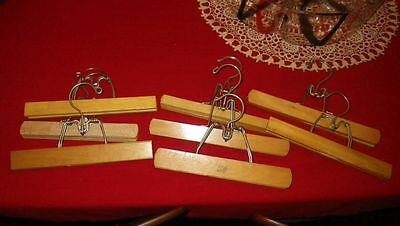 Mixed lot 8 Hangers 2 Setwell For Pants Clothes