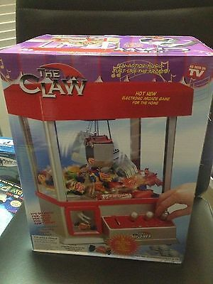 NEW The Claw Electronic Candy/Prize Arcade Game -Great For Parties AS SEEN ON TV