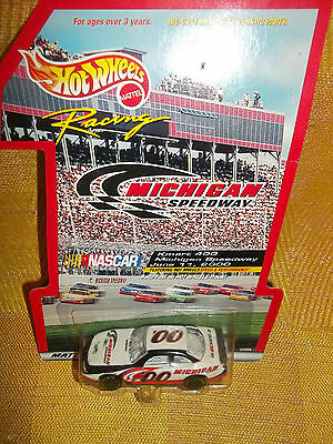 Hot Wheels Racing NASCAR,JUNE 11, 2000 Michigan Intl. Speedway Car NEW ON CARD