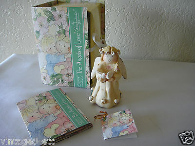 "GNOMY'S DIARIES The Angels of Love by ANNEKABOUKE ""Angel of Wedding"" Figurine"