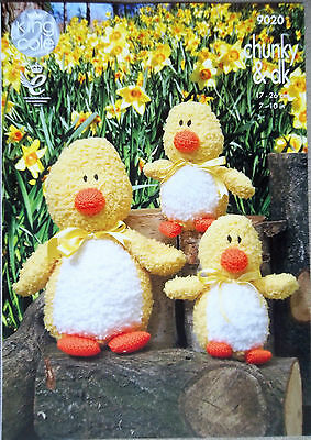 King Cole Chunky DK Toy Knitting pattern Family of ducks 9020