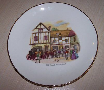 Tuscan Bone China Old Coach House York & Old Coach House-Woolhampton / 2 plates