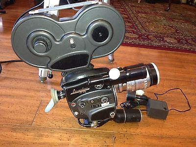 BEAULIEU R16 16mm MOVIE CAMERA with SOM Berthiot Paris F=20 a 60 & 200ft Mgz