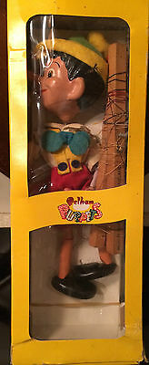 PELHAN PUPPET DISNEY1962 PINOCCHIO SL VERSION PLUS INSTRUCTIONS AND BOX