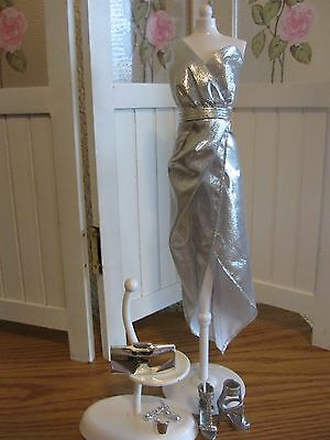 DEBOXED NEW SILVER CITY SHINE OUTFIT FOR BARBIE DOLL