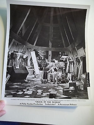 Vintage 1964 CRACK IN THE WORLD Sci Fi Movie Press Photograph #88