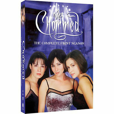 """Charmed - The Complete First Season (DVD, 2005, 6-Disc Set)""""BLESSED BE"""" LIKE NEW"""