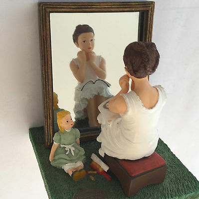"NORMAN ROCKWELL FIGURINE ""GIRL IN THE MIRROR"" ISLANDIA INTERNATIONAL 4""x4""x3.5"""