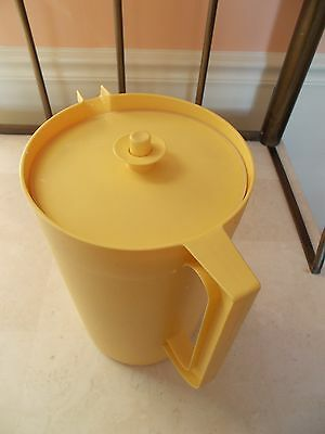 Vintage Tupperware 1 GALLON LARGE Pitcher with Push Button Seal GOLDEN YELLOW
