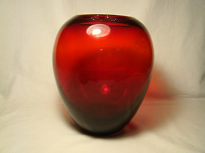 """Vintage Hand Blown Mei Ping Ruby Glass Vase 8""""h 20th c"""