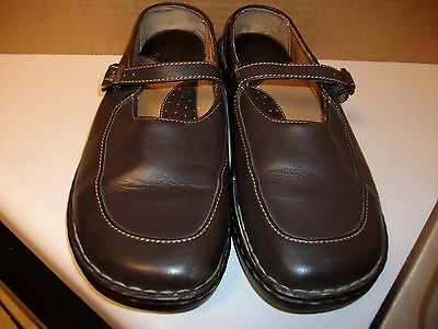 BORN Women's Mary Jane Shoes Gently Worn Size 9.5 Brown Leather
