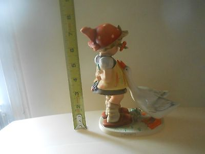 M.I. HUMMEL GOOSE GIRL #47/11 TMK3 7 AND 1/4 INCHES TALL LARGE SIZE