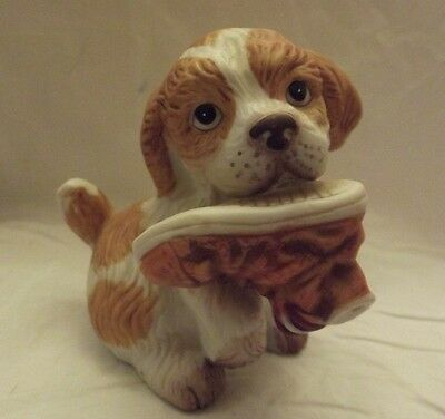 HOME INTERIOR DOG WITH SHOE IN MOUTH FIGURINE #1405