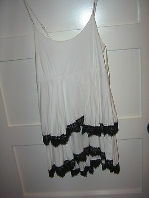 FOREVER 21 SEXY SPAGHETTI WHITE&BLACK LACE TIRED CLUB MINI DRESS L NWOT