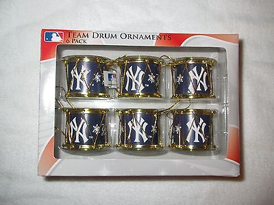 RARE ITEM NY NEW YORK YANKEES DRUM CHRISTMAS TREE ORNAMENT DRUMMER SET