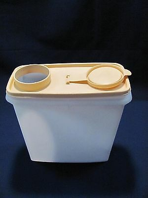 VINTAGE TUPPERWARE 12 CUP CEREAL KEEPER #469 GOLD/SHEER