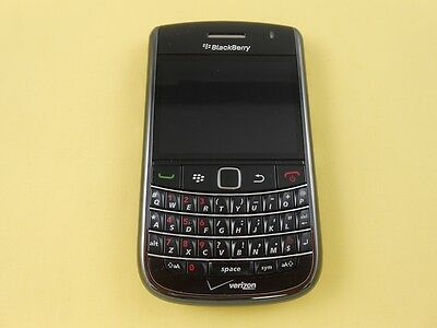 BLACKBERRY BOLD 9650 QUAD BAND WIFI UNLOCKED BLACK COLOR CAMERA  GOOD CONDITION