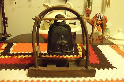 VINTAGE Old Karen Hill Tribe Elephant Bell  In Wooden Stand MADE IN THAILAND