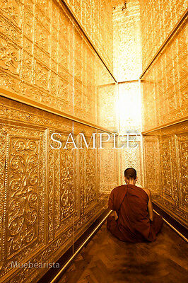 MONK IN MYANMAR DIGITAL SIZE 1506 X 2259 IMAGE PICTURE PHOTO JPG PHOTOGRAPH BUDD