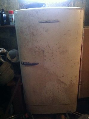 Vintage General Electric 1940 Or 1950's Retro Refrigerator Working