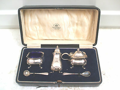 Mappin & Webb Quality Silver Plated 3-Piece Cruet Set & 2 Spoons In Case