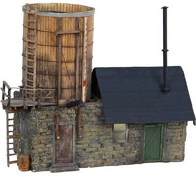 49876 Lionel/American Flyer  S Gauge  Water Tower with Shed