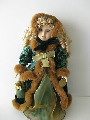 """PORCELAIN DOLL 16"""" SIGNATURE COLLECTION LIMITED EDITION GREEN DRESS"""
