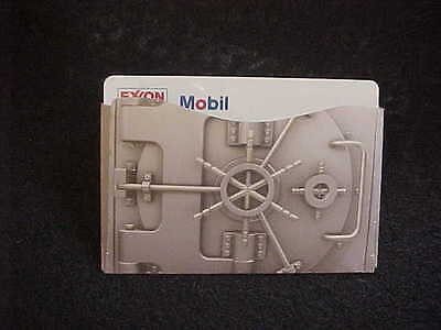 Rogue Credit Card Guard RFID  Protector Sleeve Silver Vault Pattern NEW