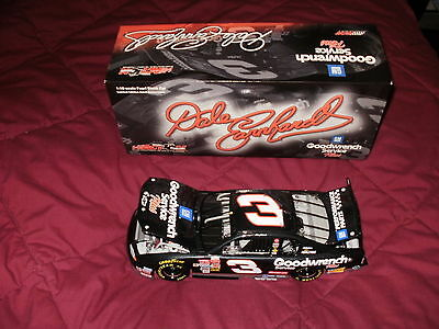 Dale Earnhardt Sr, 2002 Goodwrench Service Plus, 1:18 Scale P/N 103018