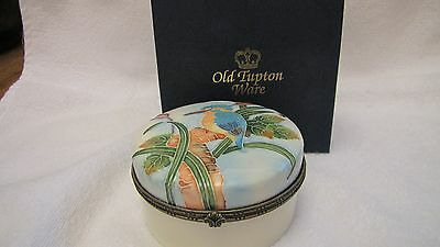 OLD TUPTON WARE 9cm ROUND HINGED LIDDED TRINKET BOX
