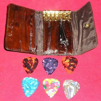 Eel Skin Key Wallet With Finger Nail Clippers And Pick Pouch 6 Picks Included