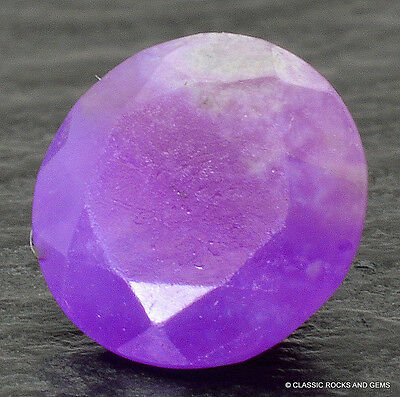 Sugilite Untreated Faceted Gel Quality Gemstone AAA Sugilith Edelstein 0.40 ct