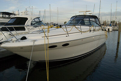 Sea Ray 380 Sundancer 2003, excellent condition, stored indoors during winters