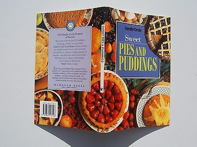 Sweet PIES and PUDDINGS Family Circle mini Cookbook 64 pages paperback vgc