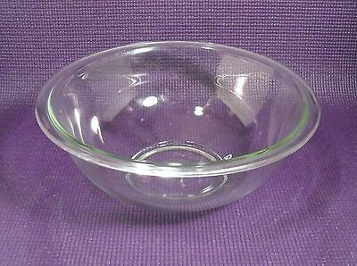 "Pyrex  Clear Glass  2.5 Qt. Mixing Bowl   9 3/4"" x 3 7/8""   No.325  Made in USA"
