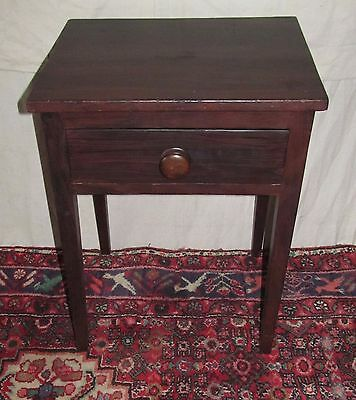 18Th Century Hepplewhite Maine Folk Art Painted One Drawer Table In Pine