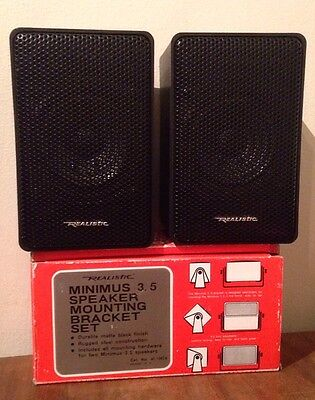 Vintage Realistic Minimus 3.5 40-1996B Speakers With Wall Mount Brackets