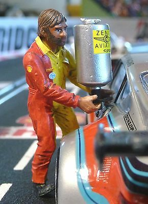 "Figur MECHANIKER Michel Team SHELL 1:32 auch für Carrera ""TOP DEKO""  LMF132034"