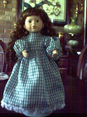 """PORCELAIN DOLL BROWN HAIR 15"""" (UKM OR DATE) GREAT FOR PORC. DOLL COLLECTER"""