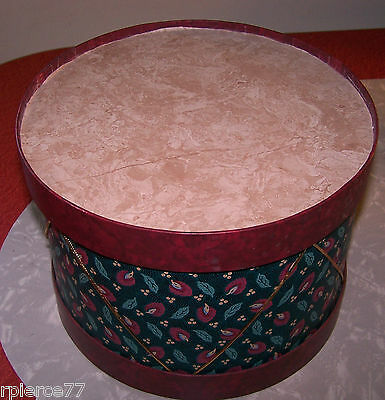 "Vintage Green/maroon Holiday Drum Hat Box 9.5"" Wide By 6.75"" Tall  Euc!"